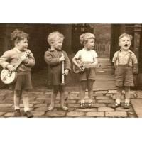 """Carte Enfants Noir et Blanc vintage """"Orchestre d'enfants"""""""