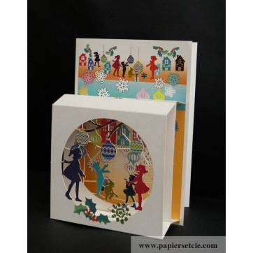 """Carte anglaise 3D laser """"Petite boite"""" Les Enfants et les boules"""